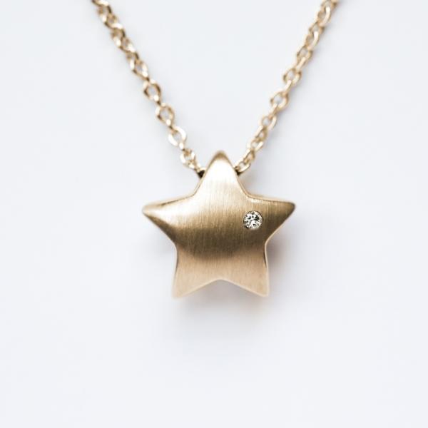 Sternkette_gold_brillant_Bindung-sohn-tochter-hochwertig-nachhaltig-kinderschmuck
